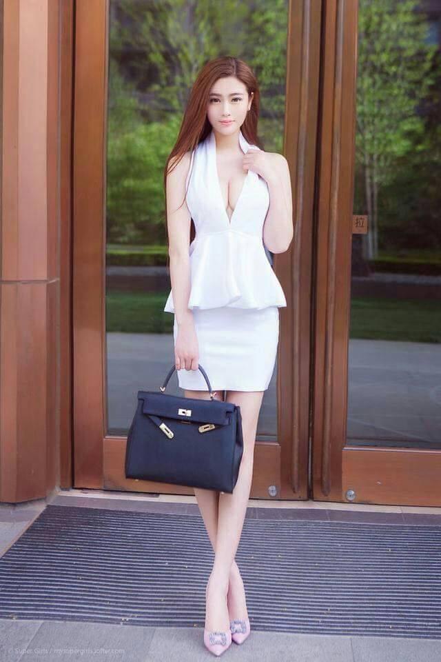 アガシは恋人のように会うことができる韓国の美人女性です。